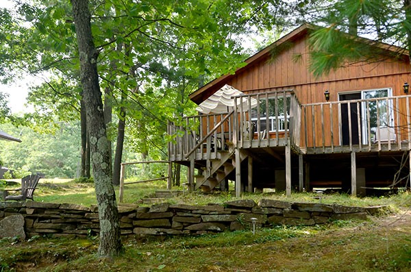 Oakrest Cottage at Blue Mountain Lodge in the Kawarthas