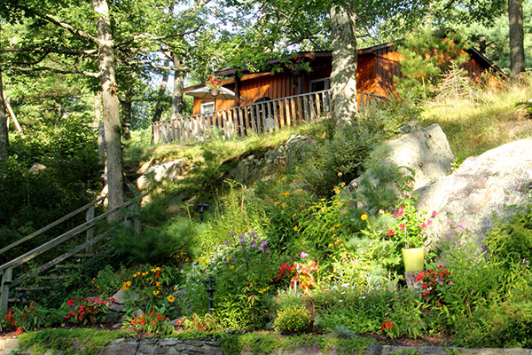 Hilltop Cottage at Blue Mountain Lodge in the Kawarthas
