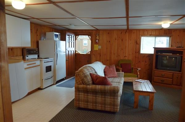 large living room / kitchen area