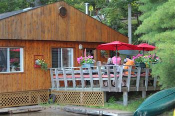 restaurant patio deck