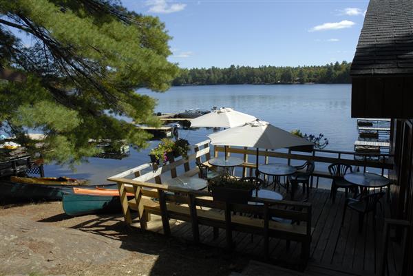 restaurant side deck